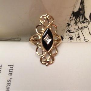 Jewelry - VTG 10K Gold Black Onyx Diamond Accent Ring